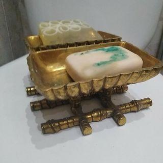 Preciosa jabonera doble antigua bronce años 30/40