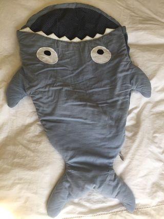 Saco/funda para cochecito tiburón