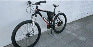 bicicleta de montaña qüer talla M mejorada