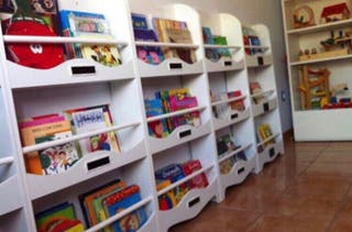 Expositor librería infantil