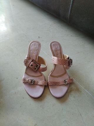 sandalias piel rosa