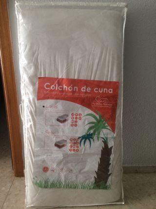 Colchón de cuna fibra de coco y bajera impermeable