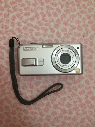 Cámara de fotos Panasonic