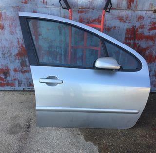 Puerta delantera derecha Peugeot 307 2.0 hdi sw
