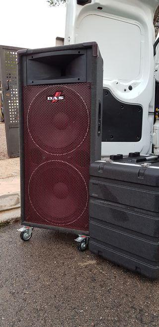 Equipo de sonido amplificador etapa mesa y