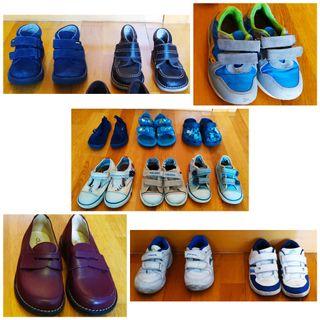 Lote calzado niño tallas 24, 25 y 26 (12 pares)