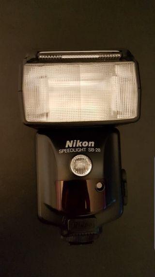 Flash NIKON Speedlight SB-28