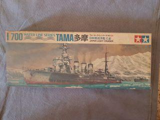 Maqueta barco, crucero ligero TAMA de Tamiya 1/700