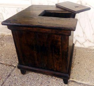 Mueble auxiliar antiguo