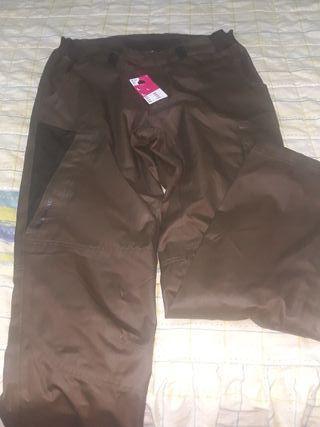 pantalon impermeable de caza