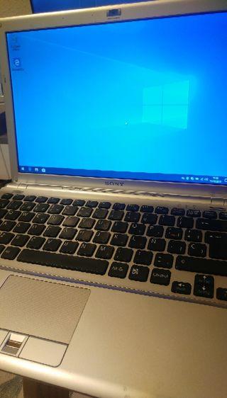 SONY VAIO con SSD / Intel
