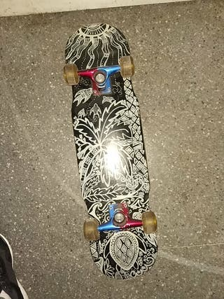 pstinete skate diseñado a mano