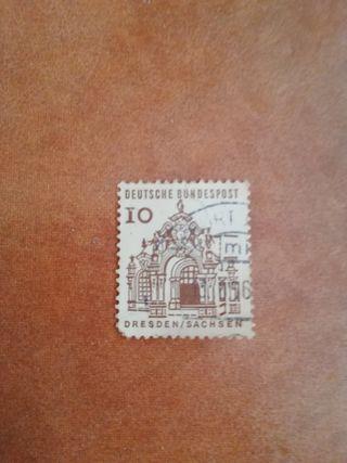 sello Deutsche bundespost 10
