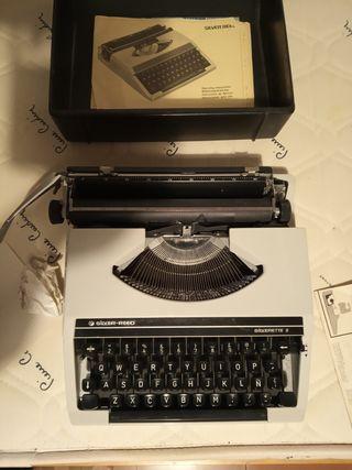 Maquina de escribir Silverette II.