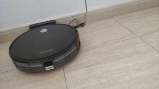 robot aspirador ikhos