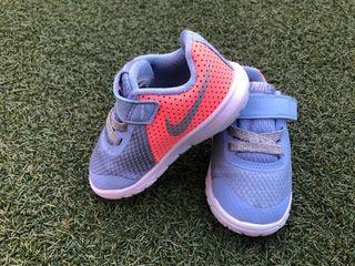 Zapatillas Nike niña talla 21