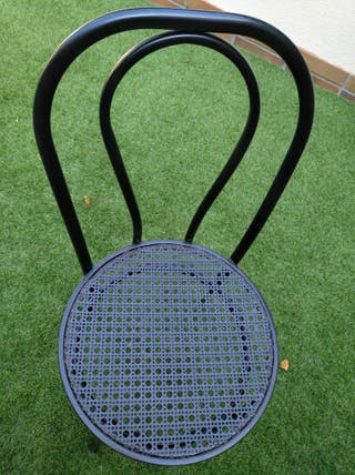 4 sillas de hierro