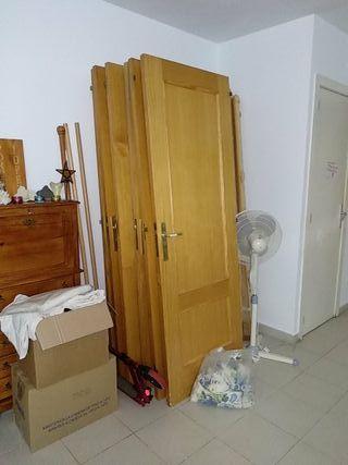 7 puertas de madera maciza