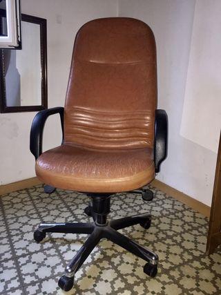 Silla escritorio piel marrón