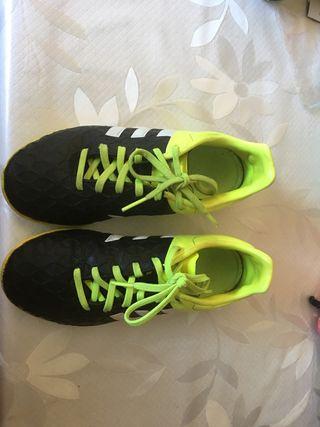 Zapatillas, playeras adidas