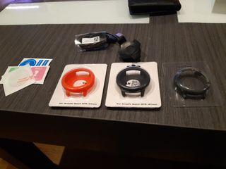 Cargador y tres protectores Xiaomi Amazfit Pace