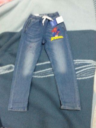 pantalon niño talla 8-9 años spiderman