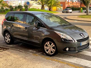 Peugeot 5008 Sport Pack 1.6 110 Año 2010