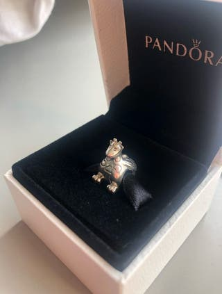 Charm exclusivo Pandora