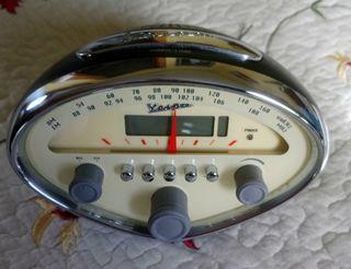 Reloj despertador radio VESPA