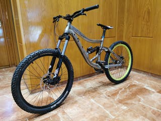 BICICLETA DESCENSO SPECIALIZES