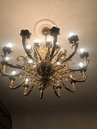 Lámpara de araña. Vintage en bronce a la piedra