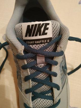 Zapatillas Nike Court Shuttle 5