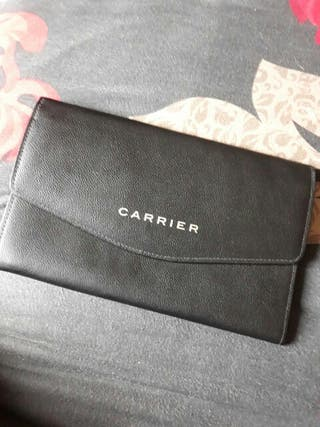 carrier wallet