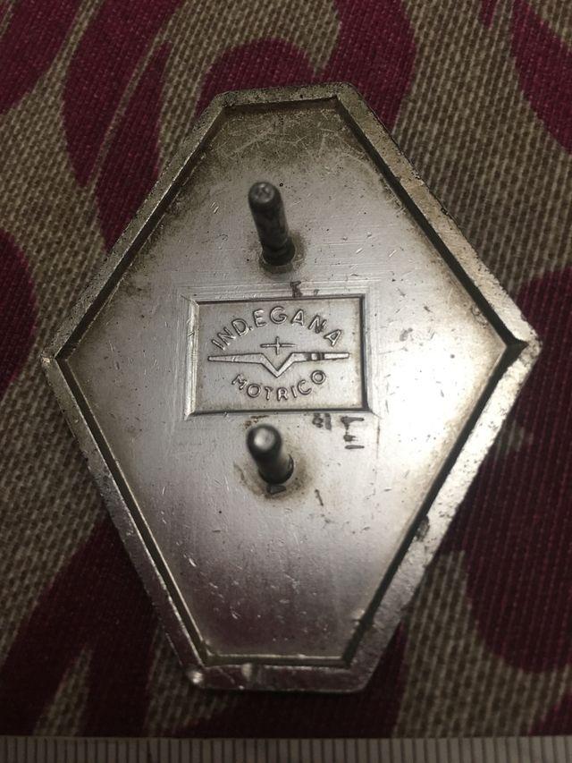 Emblema Renault antiguo