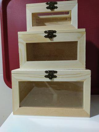 3 cajitas de madera con cristales