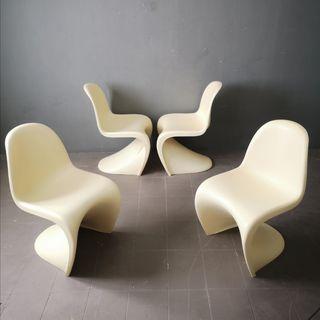 4 sillas Danés vintage deseñado por Verner Panton
