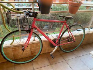 Vendo bicicleta en muy buen estado