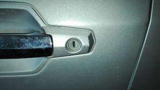 Bombin puerta delantera izquierda Hyundai Terracan