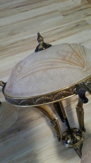 Lampara de bronce labrada