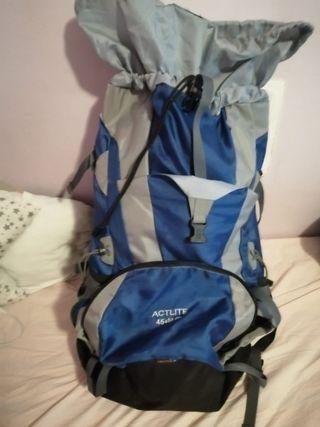 Mochila maleta viaje Deuter 55L
