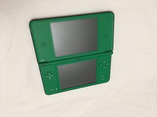 Nintendo DS XL Verde
