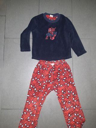 Pijama niño polar talla 4/5 años
