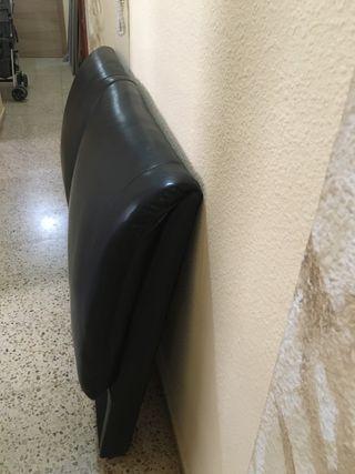 Cabecero piel negro