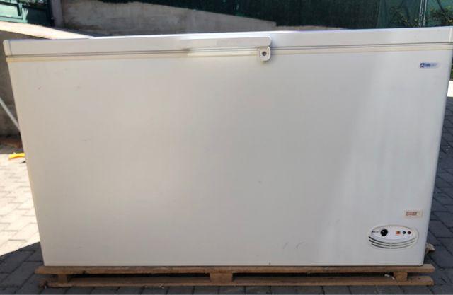 Arcón congelador grande