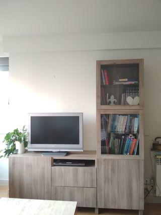Mueble Televisión y Vitrina. Efecto Nogal