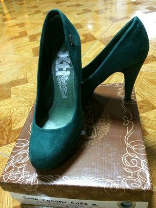 zapato de tacon verdes