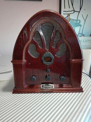 Radio decoración antigua