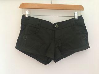 Shorts negro Bershka T.36
