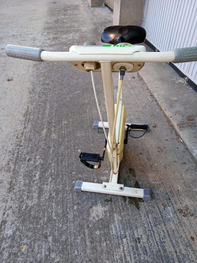 Bicicleta estática vintage BH