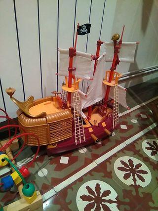 Barco pirata de Peter Pan